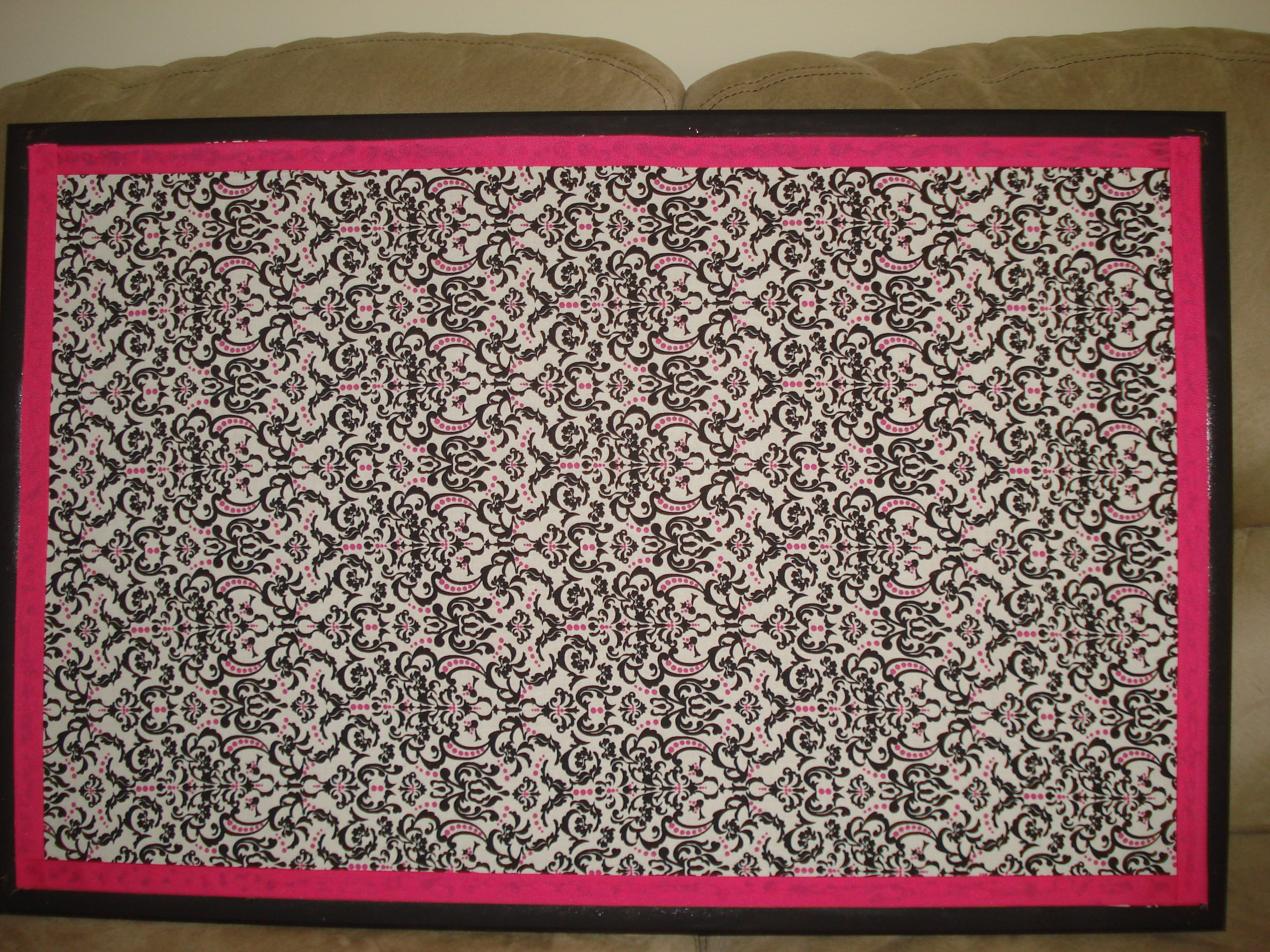 Crafty idea create your own fabric covered bulletin board for Cork board ideas