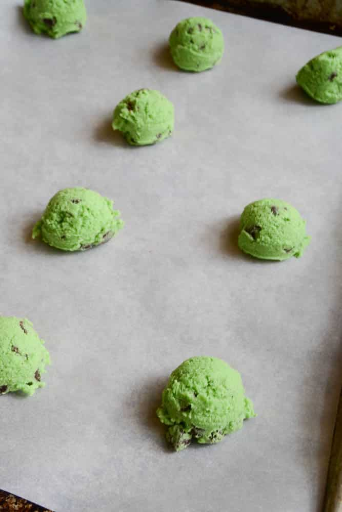 Green Chocolate Chip Cookies-1-2