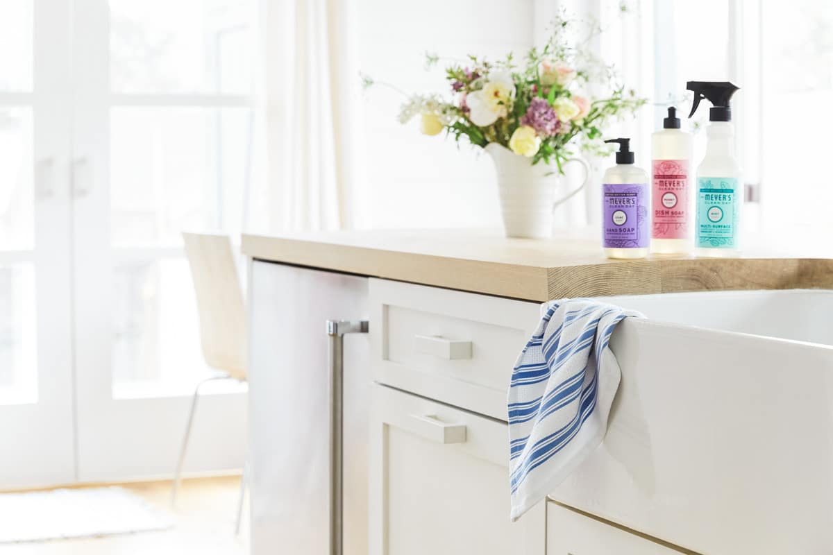 8 Ways to Transform Your Kitchen for Spring Entertaining
